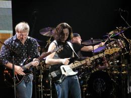 Rush in concert, 2004