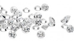 Diamond Alternatives: CZ vs. White Sapphires