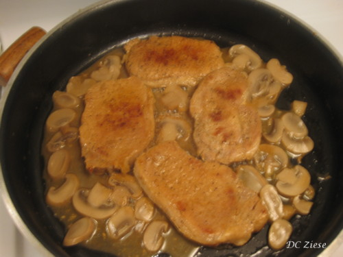 Add 1/4 cup water, simmer approximately 5 mins. (add mushrooms, if desired).