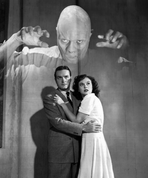 Bob Hope and Paulette Goddard in The Ghostbreakers (1940)