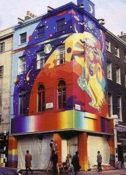 The grandfather of building art, The Beatles boutique in 1967
