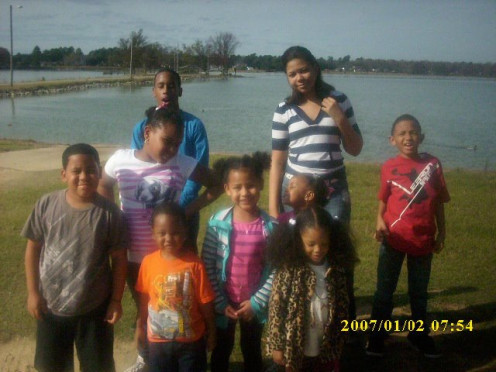 Grandchildren and Great Grandchildren of my Grandmother Willievelyn and her baby sister Aunt Ruth.