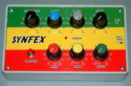 Cool, old school effects box. Not what I use though!