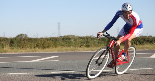 Fixed gear cycling is a great way to improve cycling leg strength and power