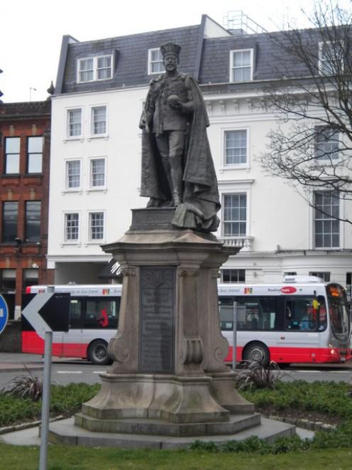 Edward VII Statue, Forbury Road, Reading