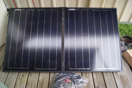 100W Portable Folding Solar Panel