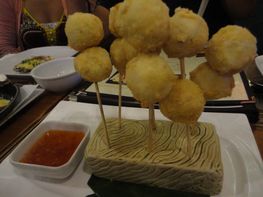 BOLAS DE FUEGO, deep fried squidballs