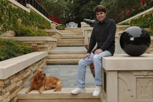 Dean Koontz, his dog and his new house in 2009.