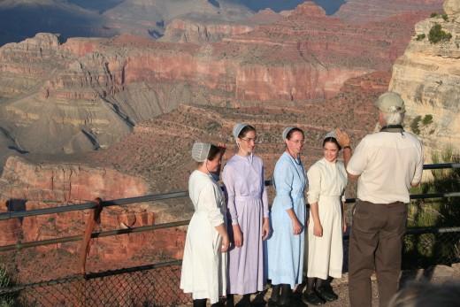 Mennonite tourists at Grand Canyon