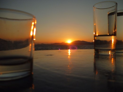 There is really nothing like watching the sun go down over the sea while sipping cocktails and nibbling on tapas.
