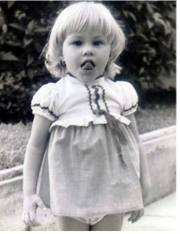 A cute little Sofia Margarita, back in Barranquilla, (1973?)