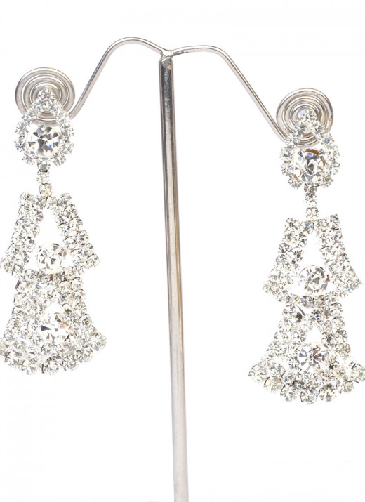 Attractive Stone Studded Earrings from Cbazaar.