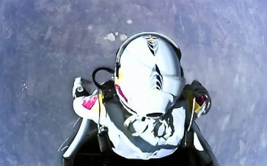 Red Bull Stratos Sky Dive, Oct. 14, 2012 - Screenshoots of Felix Baumgartner freefalling from 39045 meters, from the edge of space. (Source: Corbis Image, Credit: Vedat Xhymshiti)