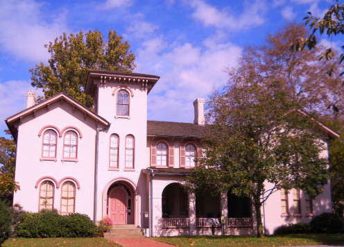 The Governor Ross Mansion has 13 furnished rooms and is one of the few examples of Italian Renaissance Architecture on the East  Coast.