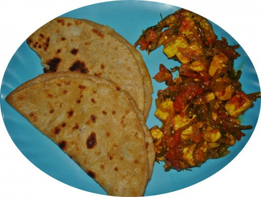 Aloo Paratha & Kadai Paneer for lunch