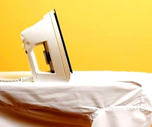 Homemade starch sprays make ironing a breeze without the chemical hazards of commercial sprays and damage to the environment.