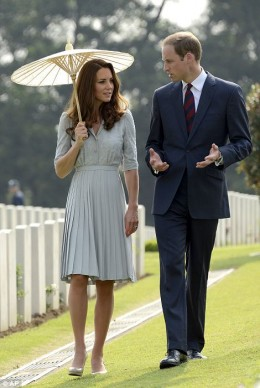 Duchess Kate in duck-egg blue Jenny Packham dress with Prince William
