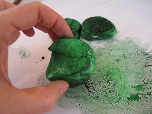 Roll ear and head pieces in food coloring.