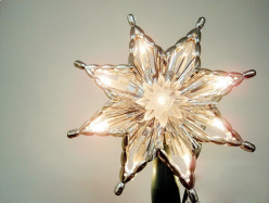How to Make a Big Christmas Star Decoration