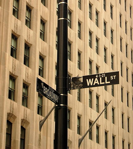 Wall Street and Broadway, image courtesy of Wikimedia