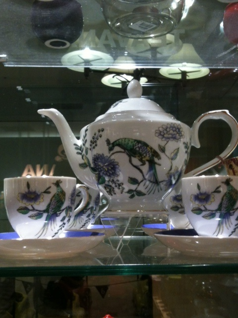 Just as there seems to be an endless variety of teas, there is also an endless variety of teapots and tea sets.