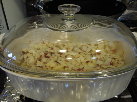 Preparing the potato for baking