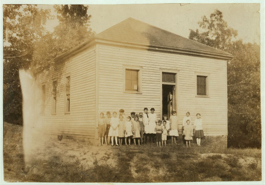 Utopia School, Henderson County, Kentucky, (U. S.)