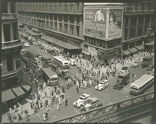 Macy's at the intersection of 34th and Broadway in 1936 - just down the street from Times Square