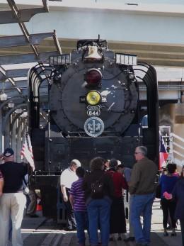 Front vies of steam locomotive no. 844.