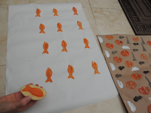 Evenly spacing out the fish.