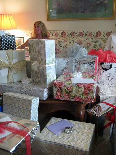 Lots of Bridal Shower Gifts