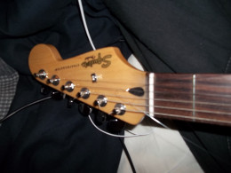 Yes, I know it's a squier.