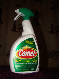 "What Bathroom Cleaner Gives the Best ""OOMPH""?"