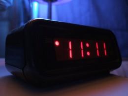 Kiss the clock