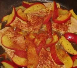 Cinnamon topping