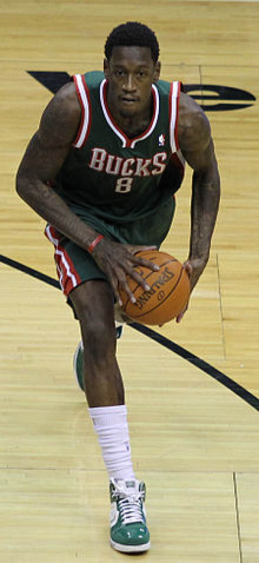 Larry Sanders in action.