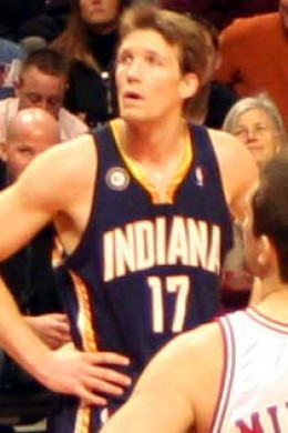 Mike Dunleavy when he was with the Indiana Pacers.