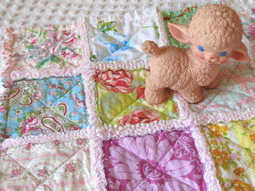 Flannel-backed baby rag quilt