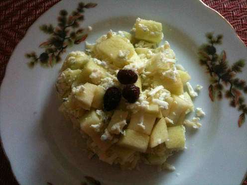 Apples with blue cheese and grapeseed oil