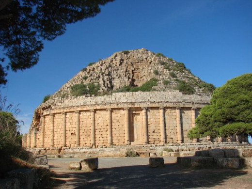 Cleopatra Celini monument near Tipasa
