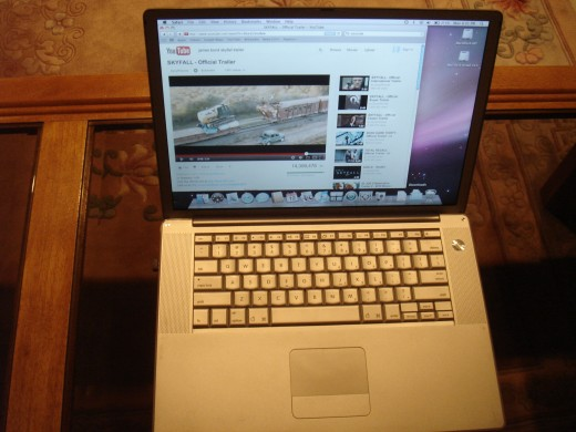 Mac G4 screen and keyboard.