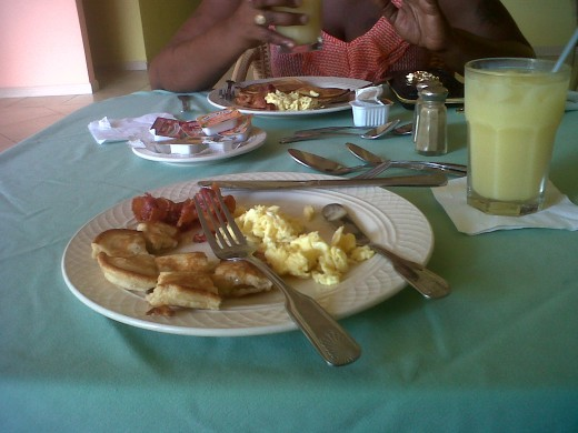 Breakfast @ Bay Breeze Restaurant