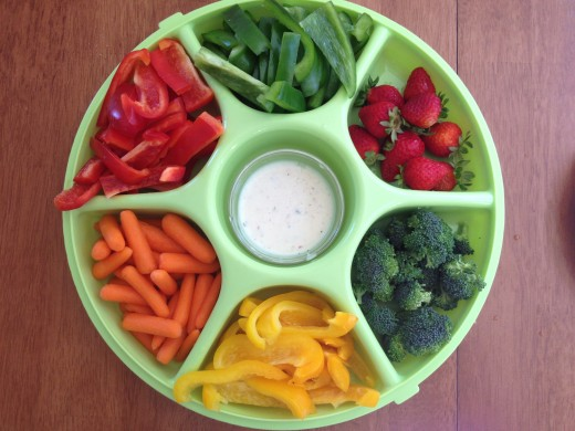 This is my finger food salad bar, no lettuce needed! So easy to snack and munch before and/or after your lunch!