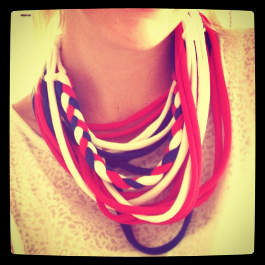 My DIY No Sew T-Shirt Necklace