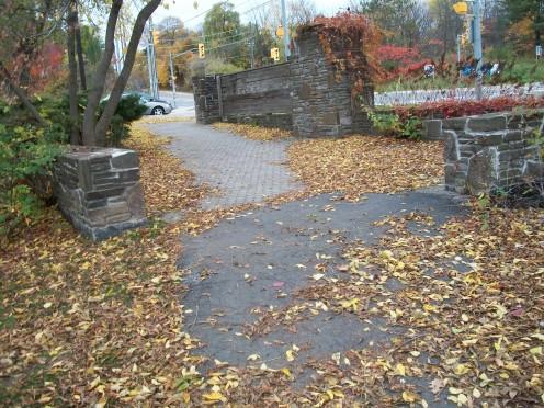 Approach to Glen Erin Hall Gatehouse, Erindale, Mississauga