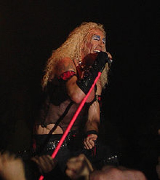Dee Snider keeps it real!