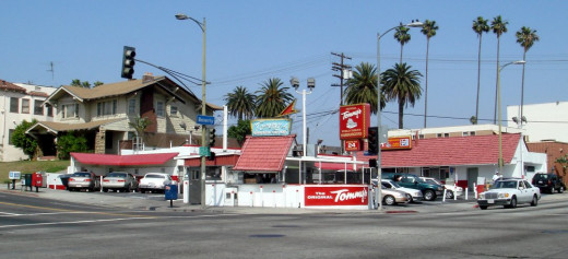 Panoramic view of the Original Tommy's at its Beverly and Rampart location in Los Angeles, California.