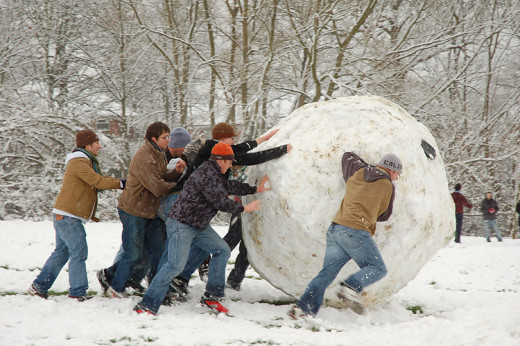 Making a giant snowball