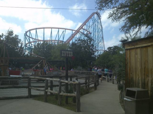 Six Flags Roller Coasters - The Texas Giant