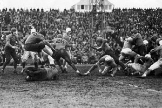 Detroit Lions vs. Chicago Bears at the 1934 NFL Thanksgiving Classic